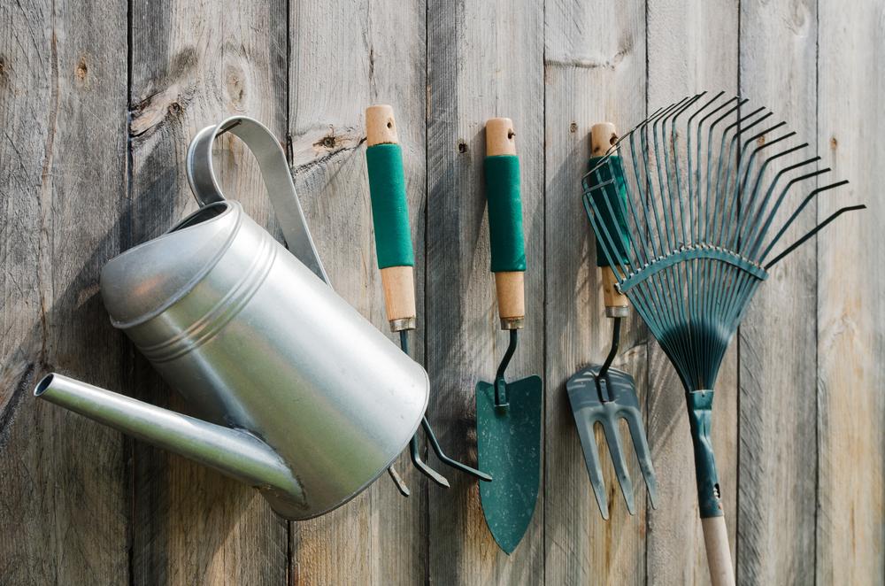 outils pour jardin